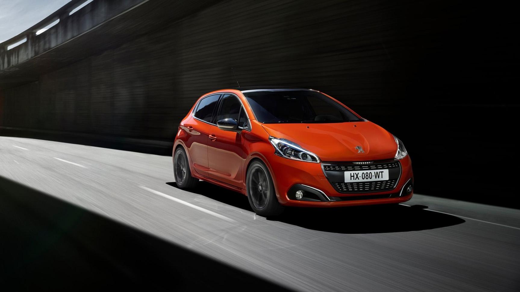 Bekijk de Peugeot 208 commercial